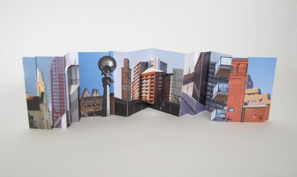 Stad als decor multiple uitgevouwen web